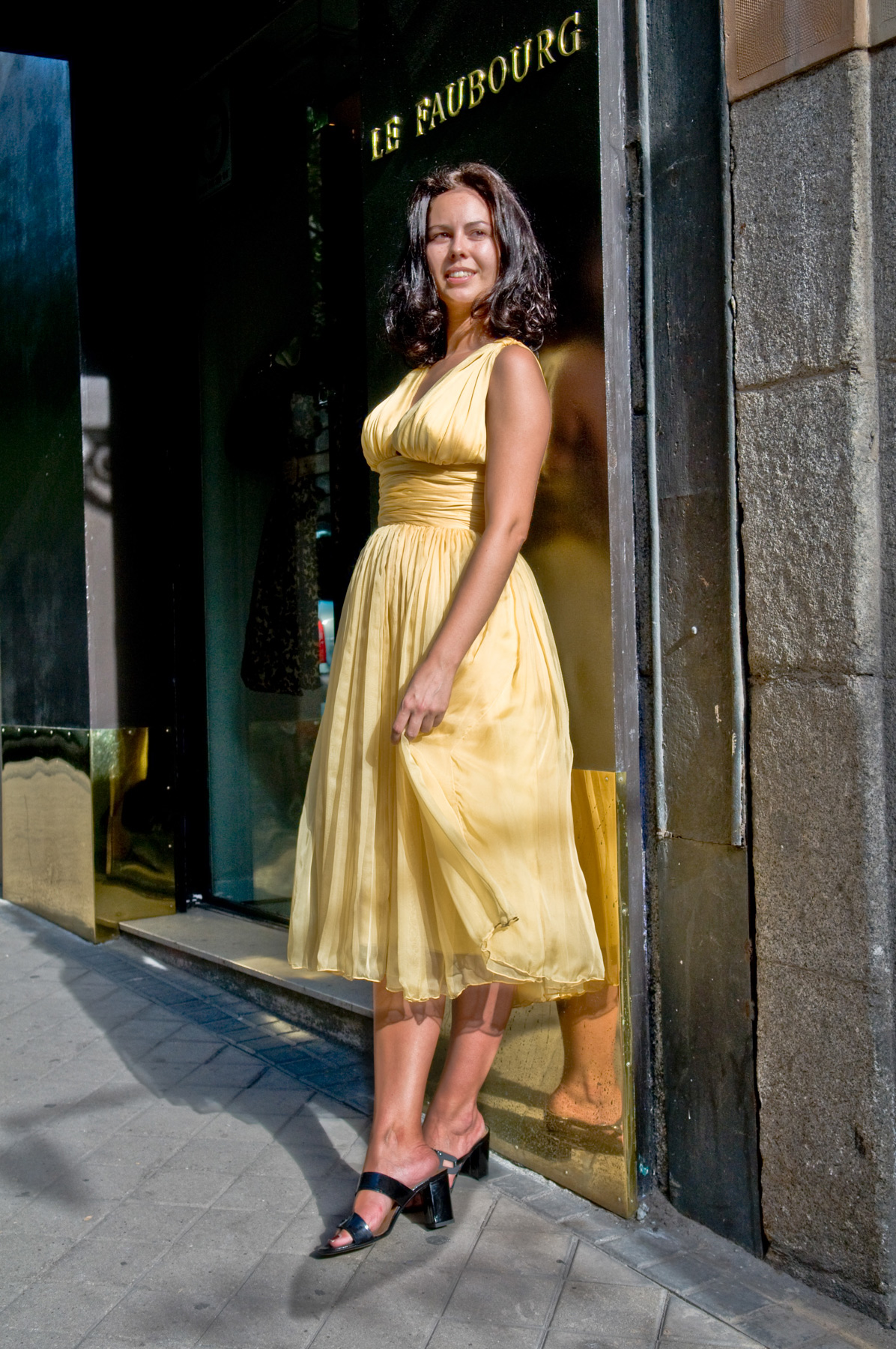 spanien_madrid_le-faubourg_second-hand_haute-couture_